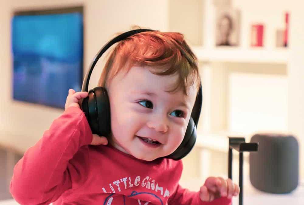 Descripción de caso: mejora de los potenciales evocados auditivos de tronco después de SENA